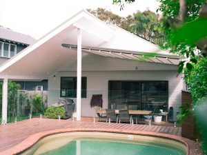 retractable roof is a rain and wind proof retractable awning