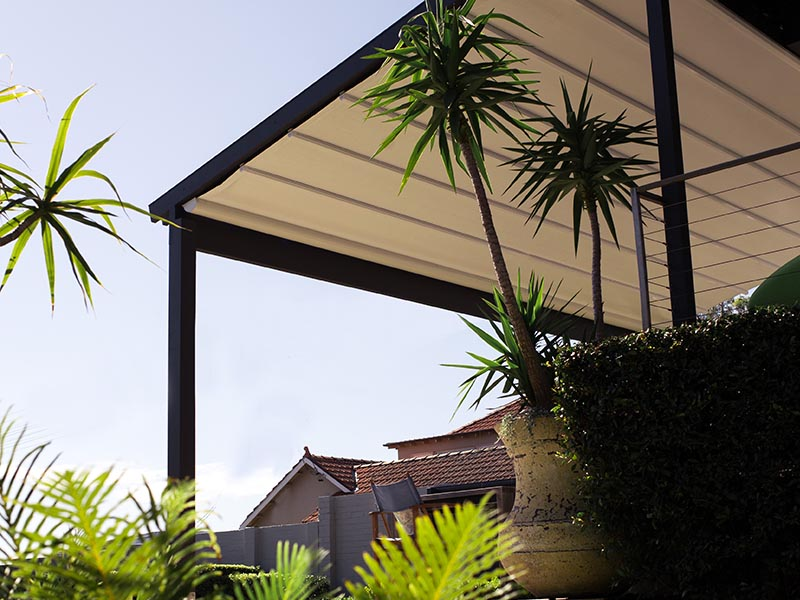 Retractable Roof Sydney for sun, wind and rain protection