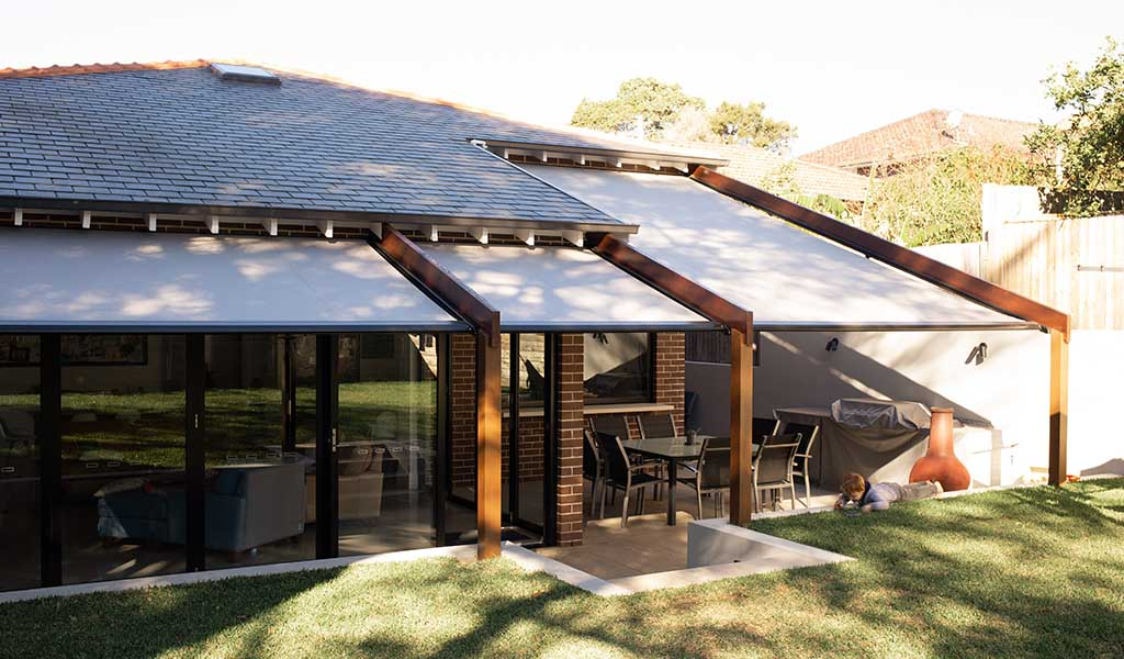Retractable awnings, retractable roofs and blinds in Drummoyne for weather protection
